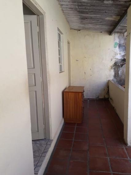 Casa Com 01 Dormitório Em Ótima Localização - Mi75844