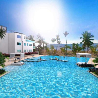 Regatta Blue Bay: Playa Nueva Romana