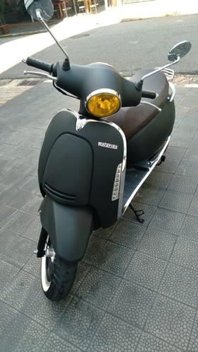 Imagem 1 de 2 de Scooter Motorino Cappuccino