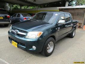 Toyota Hilux Imv Mt 2700cc 4x2