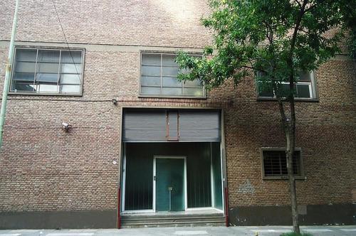 Imagen 1 de 8 de Edificio De Oficinas Desarrollado En 2 Pisos