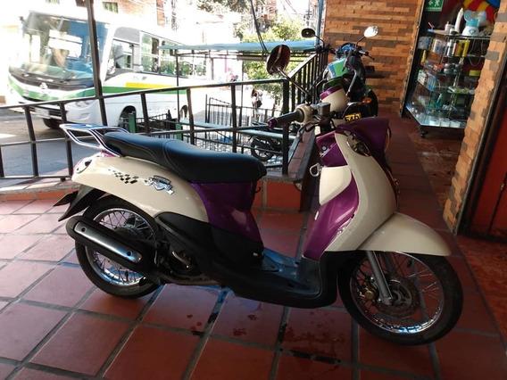 Yamaha Fino Modelo 2013 Traspaso Incluido En El 2.800.000