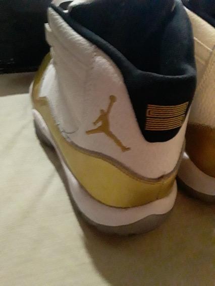 Air Jordan 11 Retro Mid