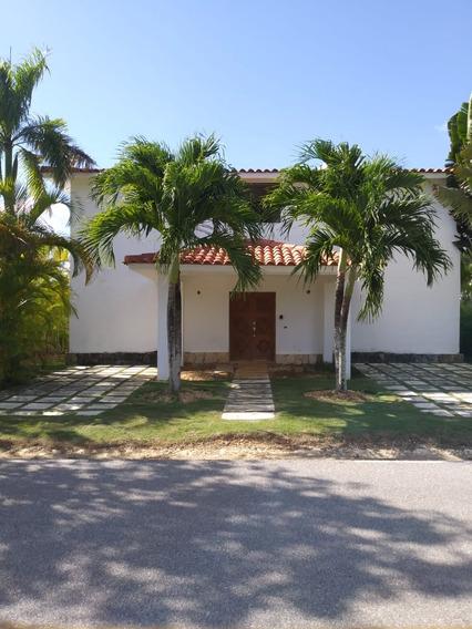 4 - Villa Las Canas 28 (101) Venta - Us$ 225,000alquiler -