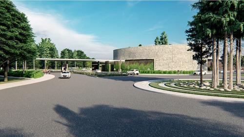Aptos De 3 Hab. 1 Y 2 Parqueos, C. Servicio Prox. Al Mall Co