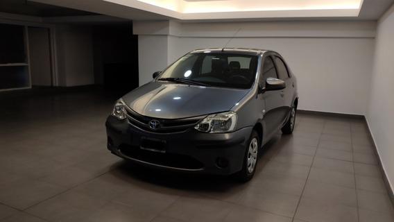 Etios 1.5 Sedan Xs