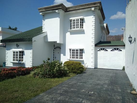 Casa En El Castaño/ Vanessa 04243219101