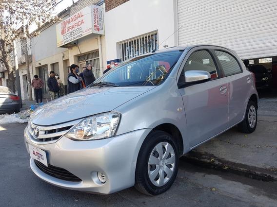 Toyota Etios 1.5 Xs 5ptas 2015 Con 82.000 Kms