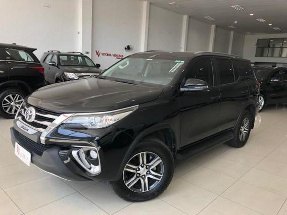 Toyota Hilux Sw4 Sr 4x2 7 Lugares 2.7 16v Vvt-i, Iyf0271
