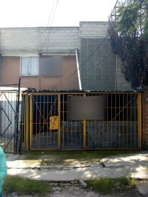Casa En Venta En Valle De Anahuác, Estado De México
