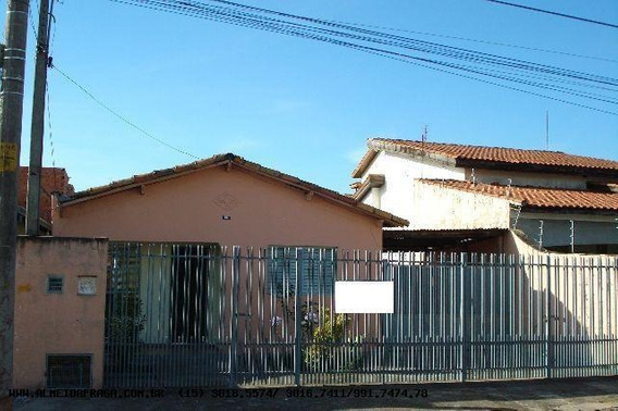 Casa Para Venda Em Sorocaba, Vila Carol, 2 Dormitórios, 1 Banheiro, 6 Vagas - 632