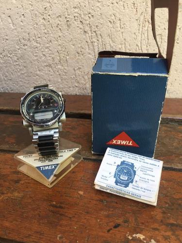 Relógio Timex Zulu-calibre 633