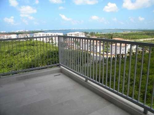 Brezza Towers El Table. Magnífico Departamento En Venta Con Vista A La Laguna. 190 M2 De 3 Recámaras. Cancún, Quintana Roo