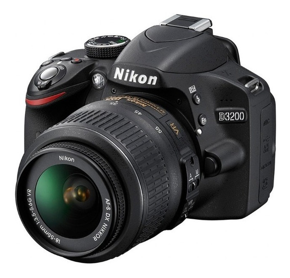 Nikon D3200 Seminova