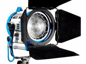 Alquiler Kit Iluminacion Fresnel Arri 300w / 650w / 1000w