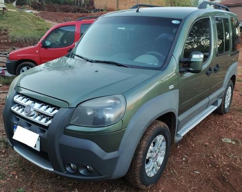 Fiat Doblo 1.8e-tork16v Flex 6p