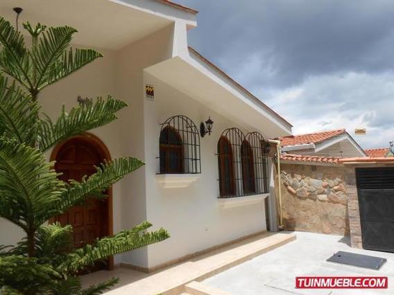 Casa En Venta En Trigal Norte, Valencia 19-14148 Em