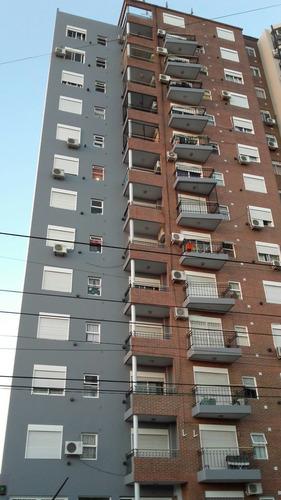 Depto De 2 Ambientes Moderno Con Balcon En 4º Piso.
