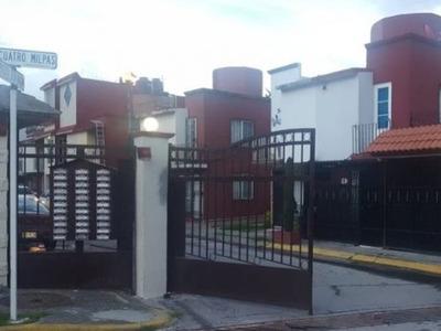 Casa Con Ampliación Y Excelentes Acabados, En Privada Muy Segura Y Portón Eléctrico