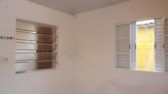 Casa Com 1 Dormitorio, No Jd Peri Zona Norte De São Paulo