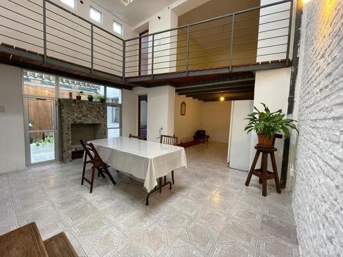 Apartamento Tipo Casa 3 Dormitorios En Cordón.