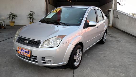 Fiesta Sedan 1.6 8v Flex