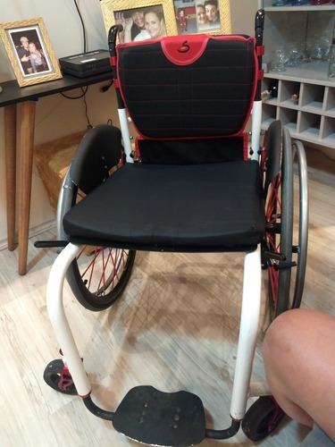 Imagem 1 de 5 de Cadeira Rodas Sigma