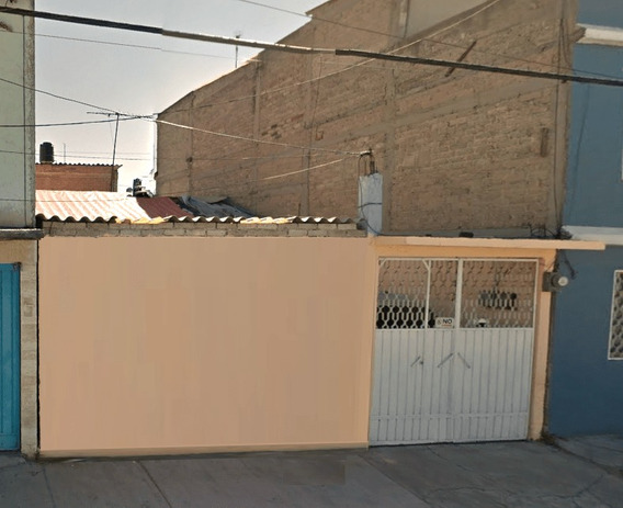 Remate Hipotecario Casa 122m2 En Nezahualcoyotl!