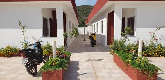Lindas Casas 2 Quartos, 1 Suíte, Banheiro Social E Garagem