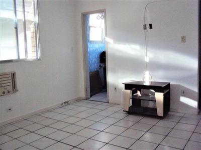 Kitnet Com 1 Dormitório Para Alugar, 28 M² Por R$ 880/mês - José Menino - Santos/sp - Kn0162