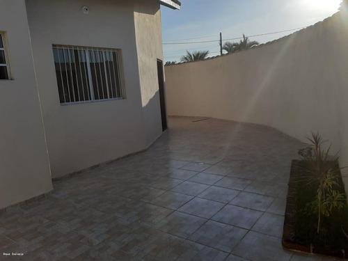 Imagem 1 de 7 de Casa Para Venda Em Itanhaém, Jardim Itapel, 2 Dormitórios, 1 Suíte, 1 Banheiro, 3 Vagas - It687_2-1211183