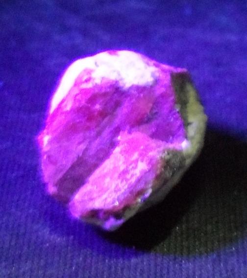 Rubi Fluorescente ( Fica Vermelho Na Uv ) Pedra N3213
