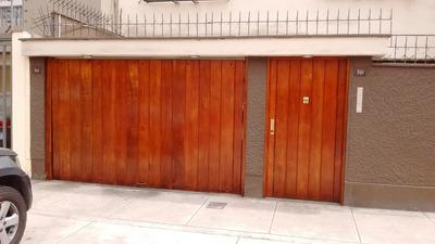 Alquilo Oficina A Puerta Cerrada.