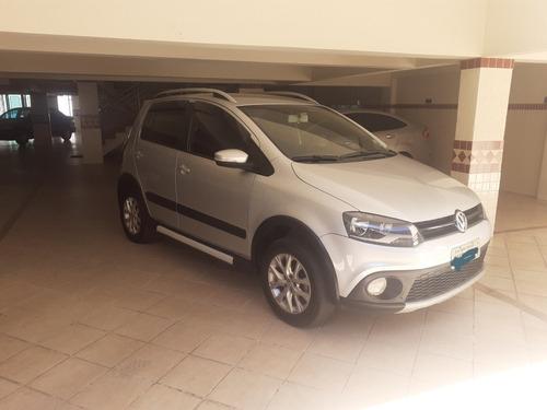 Imagem 1 de 10 de Volkswagen Crossfox 2013 1.6 Vht Total Flex 5p