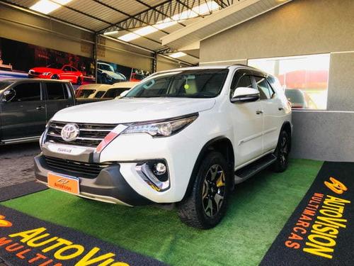 Imagem 1 de 10 de Toyota Hilux Sw4 Srx Diamo 4x4 2.8 Tb Die Aut