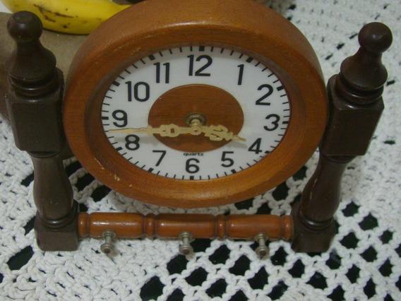 Relógio De Parede Porta Chaveiros Quartz