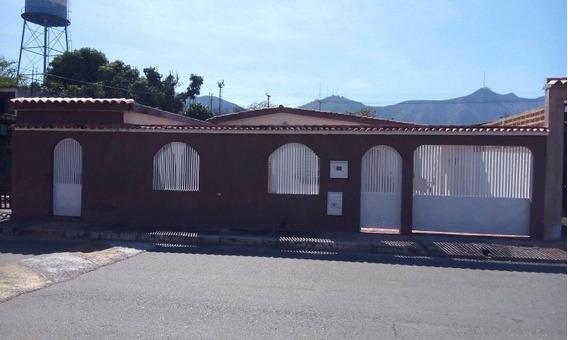 Casa En Venta En El Morro I - San Diego Mg