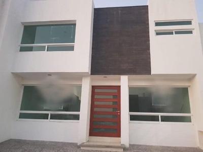 Gps/ Casa En Venta El Refugio, Queretaro.