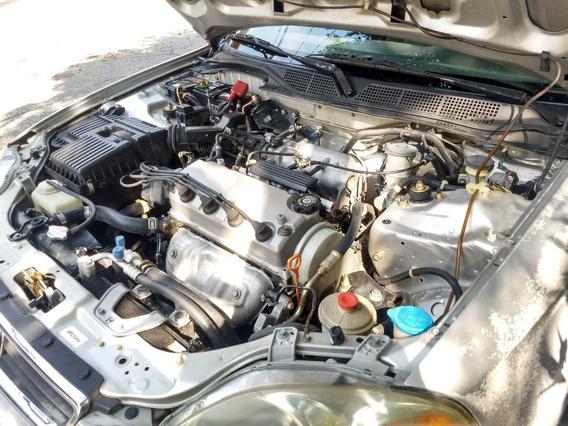 Honda Civic Bien Cuidado En Excelente Estado - Poco Uso