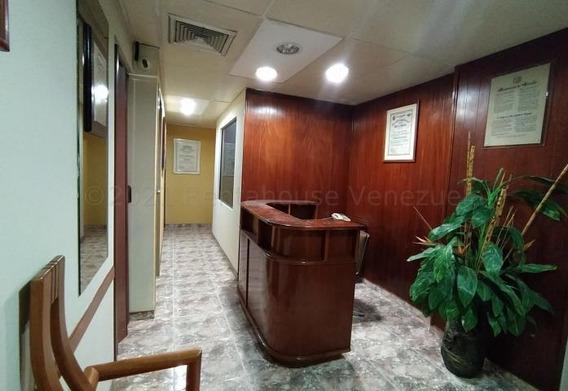 Oficina En Venta Maracay Zona Centro, 21-13354 Hcc