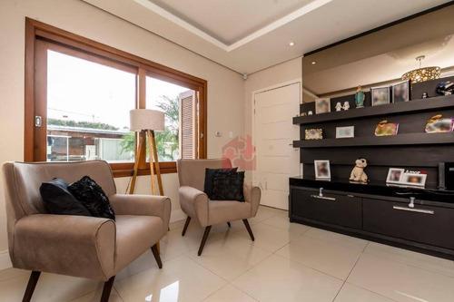 Casa De 2 Dormitórios, Sendo 1 Suíte,  Com Piscina, E Garagem À Venda No Bairro Agronomia Em Porto Alegre/rs - Ca0493