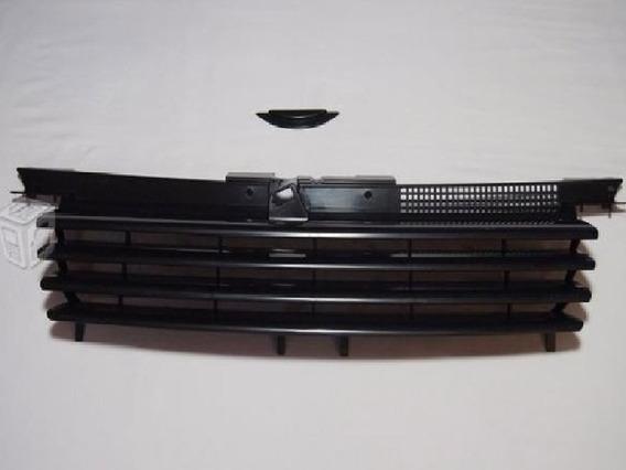 Parrilla Corrida Jetta A4 Sin Logo Importada Incluye Regalo