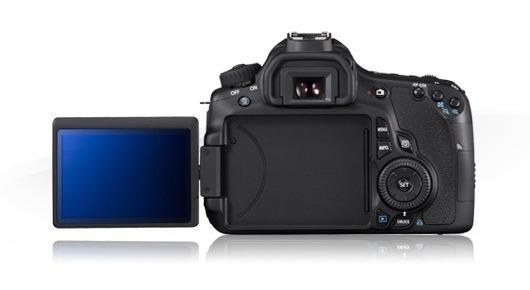 Camera Canon Seminova Eos 60d Dslr + 2 Baterias + Carregador