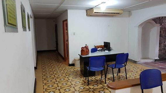 Se Arrienda Casa Esquinera En Santa Marta