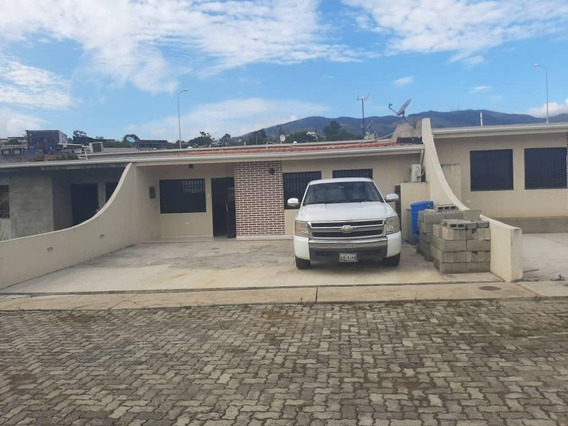 Urbanización Privada Bicentenario En *tucape*