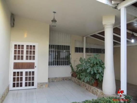 Venta De Casa En Urb San Jacinto Zp20-10515