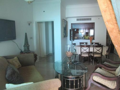 Imagen 1 de 9 de Vendo / Alquilo Hermoso Apartamento Amueblado