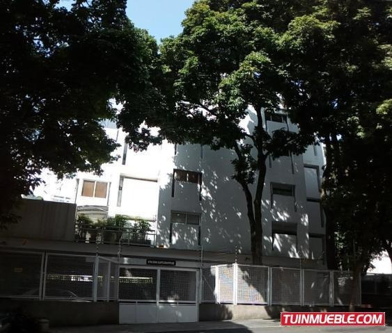 Apartamentos En Venta Las Mercedes 17-11003 Rah Samanes