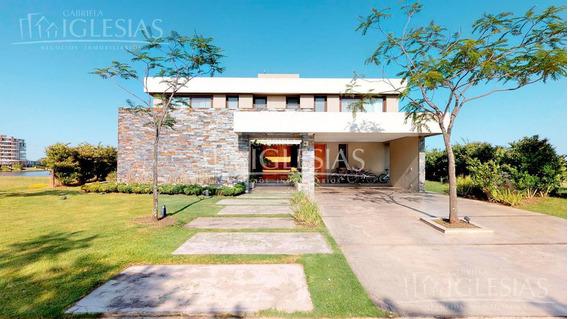 Tour 360º - Casa En Venta Al Agua Con 3 Dormitorios En Lagos Del Golf