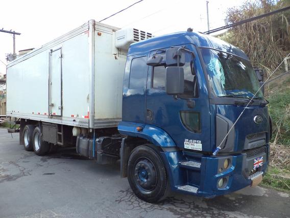 Caminhão Ford Cargo 2429 2013/2013 Bau Refrigerado Gancheira